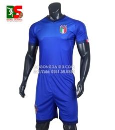 Áo bóng đá Ý xanh sân nhà World Cup 2018