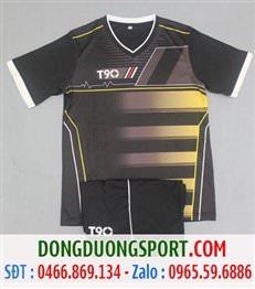 Áo Bóng Đá Không Logo T90 Màu Đen