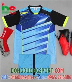 Áo bóng đá không logo màu xanh ngọc tay đen